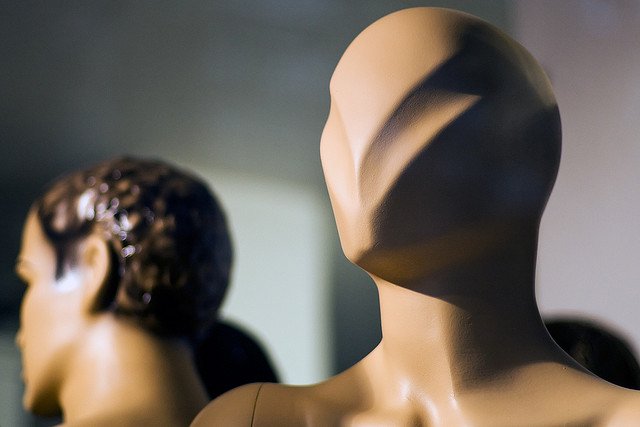 picture: Plastic mannequin head with futuristic v shape by Horia Varlan on Flickr.com