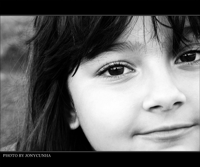 picture :SER CRIANÇA É...to be a children is... by  Jônatas Cunha on Flickr.com